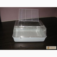 Террариум пластиковый (можно использовать как купалку для шиншиллы).