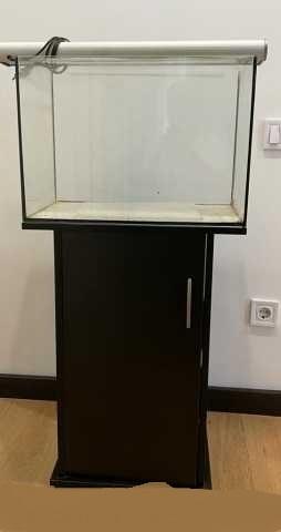 Фото 1/1. Продам акваріум б/у, 60л