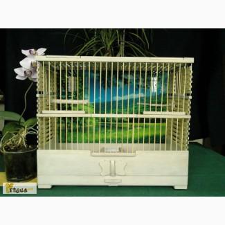 Деревянные клетки для канареек и других певчих птиц